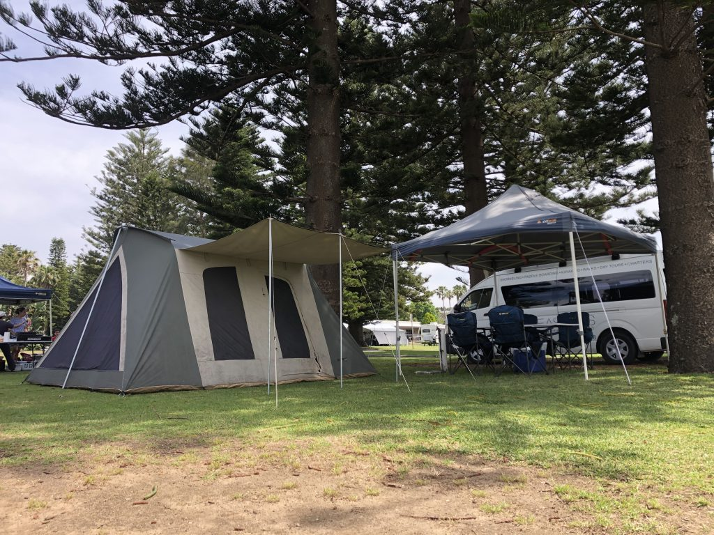 Narrabeen NRMA Lakeside Holiday park park camp site set up service